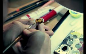 Unhas postiças + esmaltes + stop motion = Comercial do novo Kia Picanto!